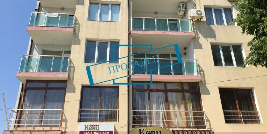 Необзаведен апартамент в центъра на гр.Царево
