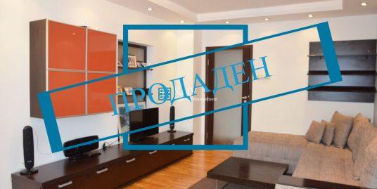 Обзаведен тристаен апартамент до Скай Сити Мол – кв. Гео Милев