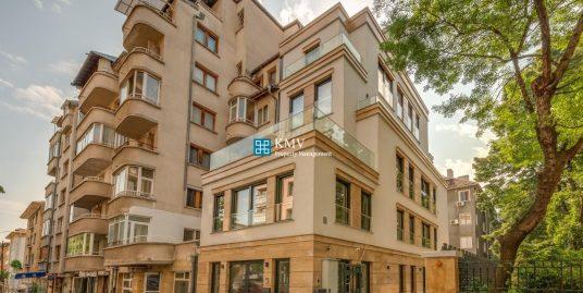 Самостоятелна сграда за продажба в близост до Медицинска академия