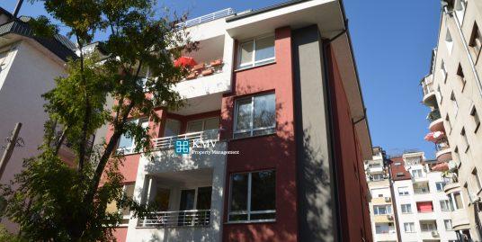 Тристаен апартамент за продажба в ж.к Белите Брези