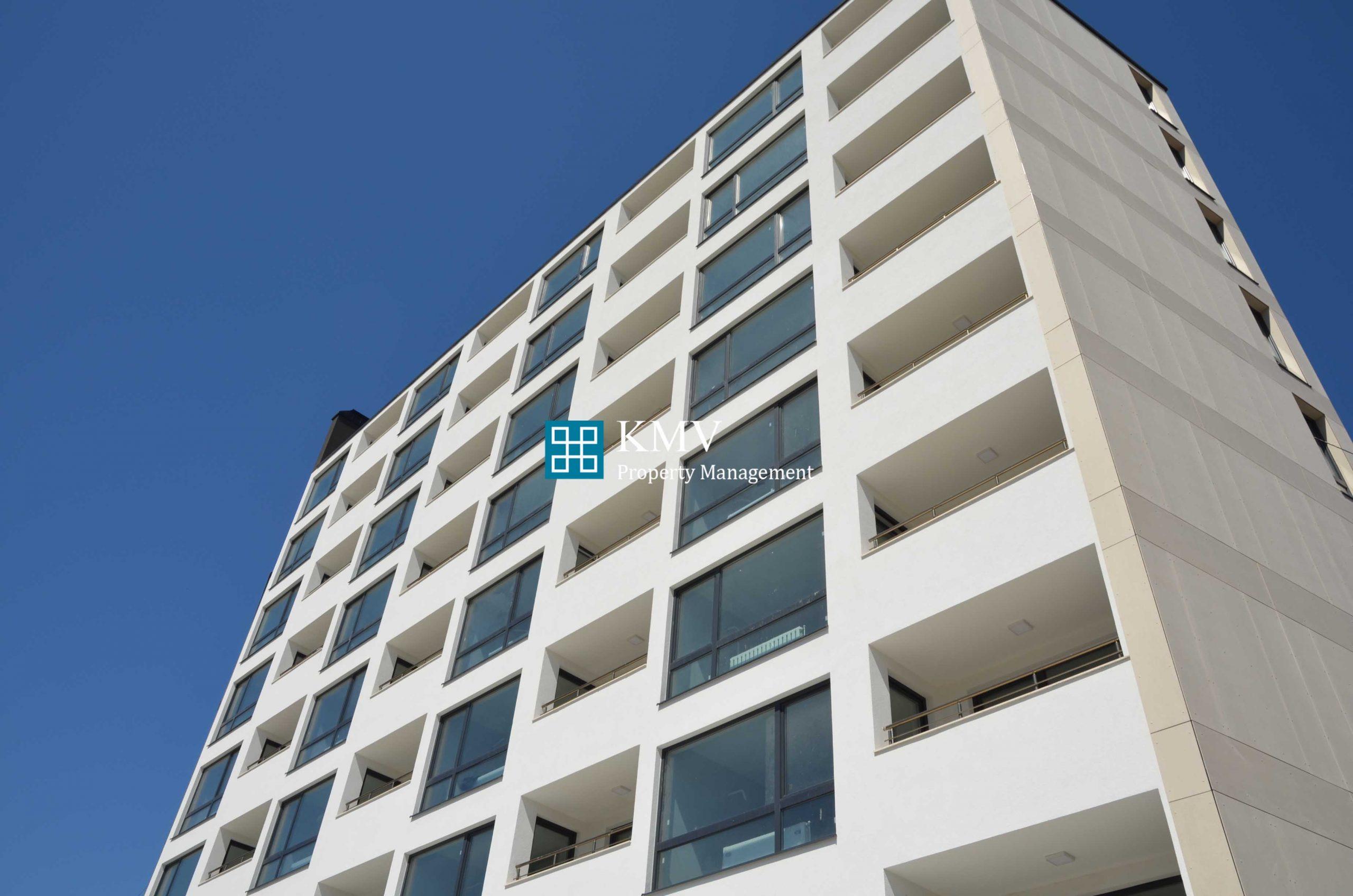 """Тристаен апартамент в сграда """"Liberta""""-кв.Надежда 2"""