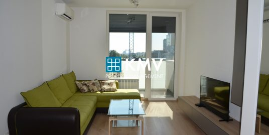 "Двустаен апартамент под наем в ""Adella Residence"" кв. Дианабад"